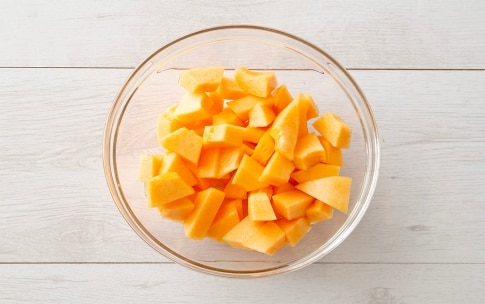Preparazione Insalata di melone e rucola - Fase 2