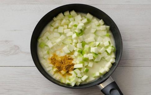 Preparazione Insalata di riso, gamberetti e mele verdi - Fase 2
