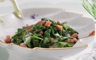 Spinaci in tegame con pancetta