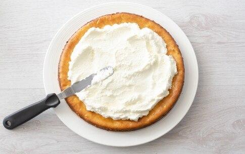 Preparazione Crostata cheesecake al lime e pinoli - Fase 6