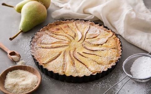 Preparazione Crostata di pere con crema mandorlata - Fase 3