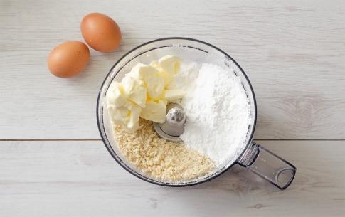 Preparazione Crostata con crema di mandorle e spicchi di limone - Fase 1