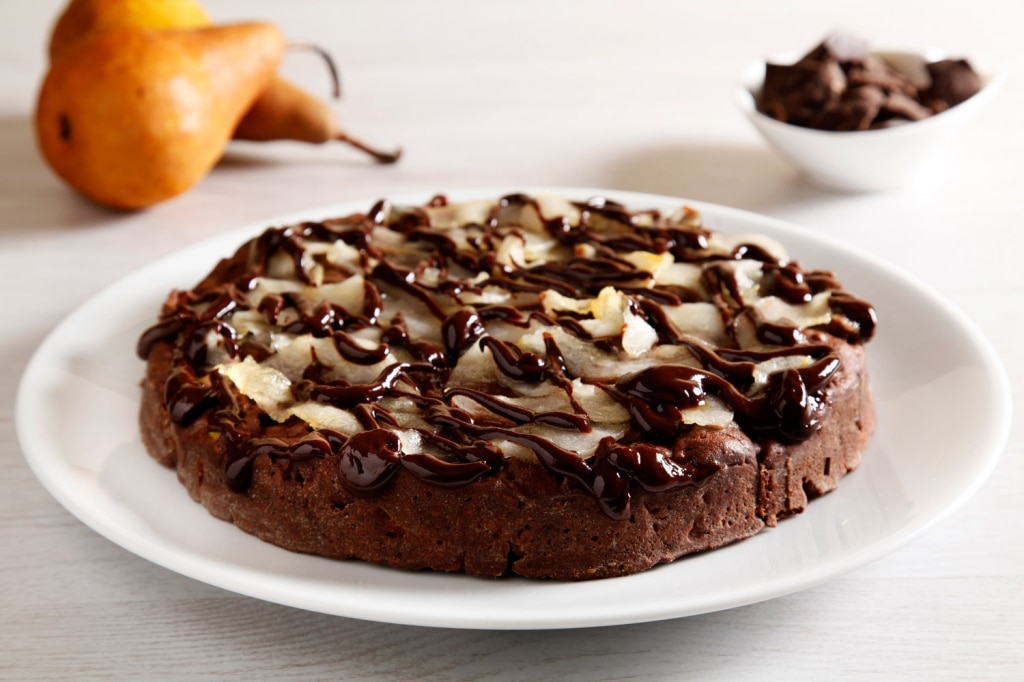 ricetta torta al cioccolato frutta secca e pere cucchiaio d 39 argento. Black Bedroom Furniture Sets. Home Design Ideas