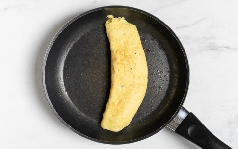 Preparazione Omelette (ricetta base) - Fase 2