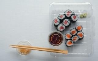 Hosomaki al tonno e al salmone