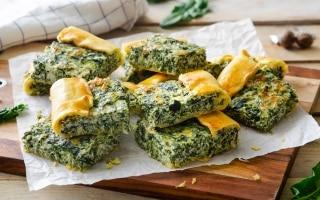 Torta salata con ricotta, spinaci e fontina