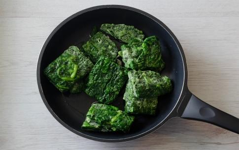 Preparazione Torta salata con ricotta, spinaci e fontina - Fase 1