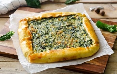 Preparazione Torta salata con ricotta, spinaci e fontina - Fase 4