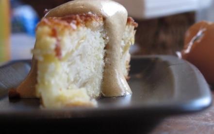 Torta di mele Topaz e zabaione di canna