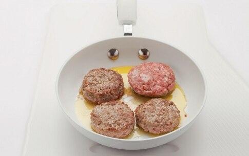 Preparazione Mini hamburger filanti - Fase 2