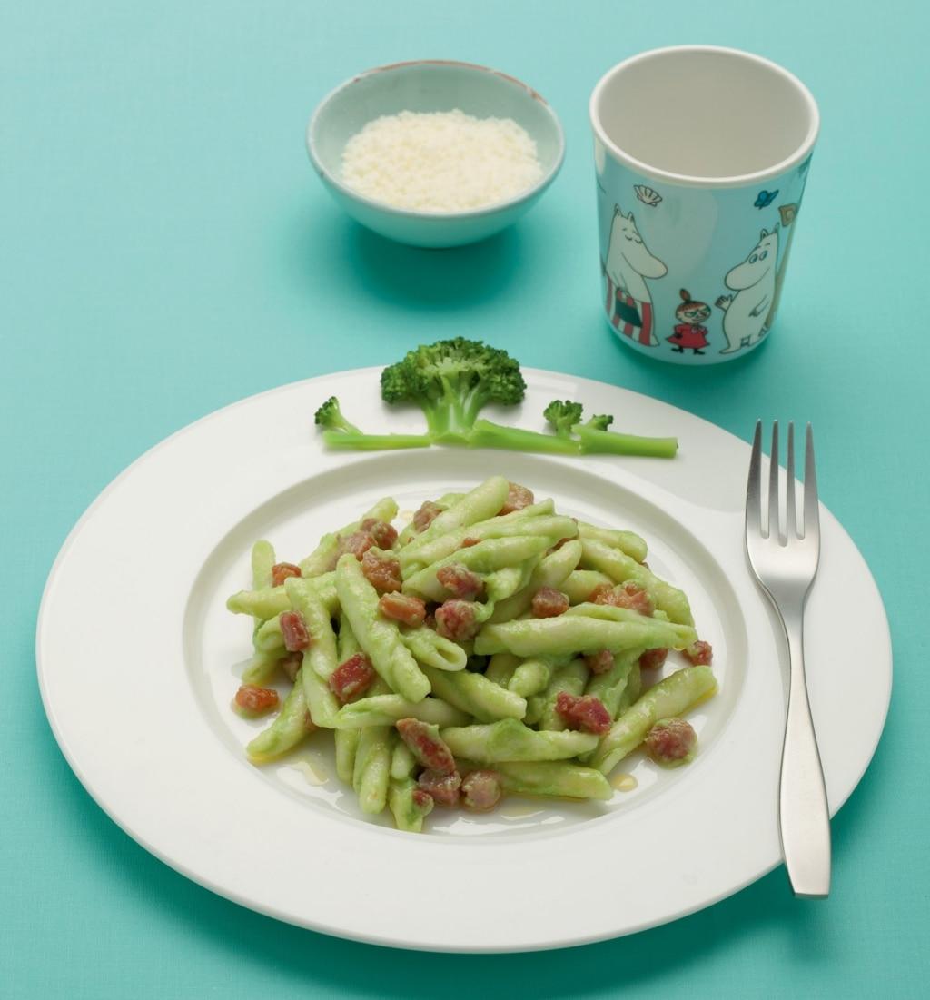 Strascinati con broccoletti e pancetta affumicata