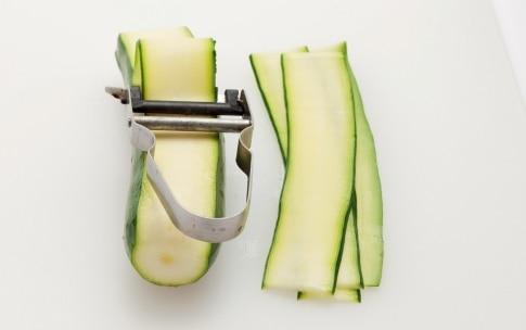 Preparazione Pasta alla Norma con le zucchine - Fase 1