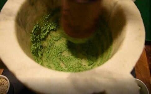 Preparazione Pesto alla genovese - Fase 3