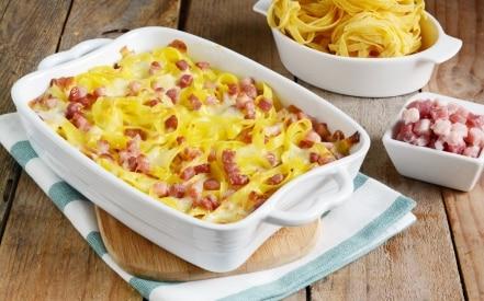 Sformato di tagliatelle con pancetta e formaggio