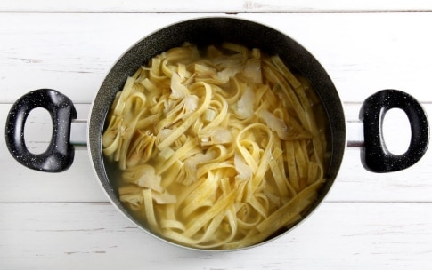 Preparazione Pasta con i carciofi - Fase 3
