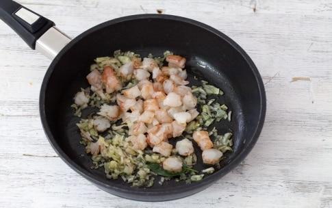 Preparazione Risotto ai carciofi e salsa di gamberi - Fase 1