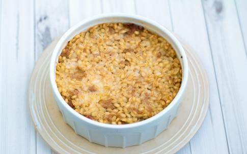 Preparazione Timballo d'orzo con salsiccia e mozzarella - Fase 3