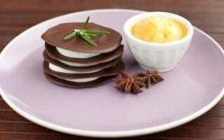 Millefoglie al cioccolato con crema di...
