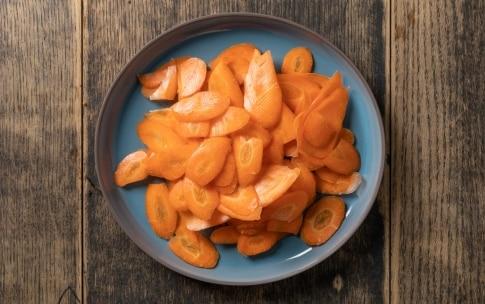 Preparazione Insalata di carote e arance - Fase 2