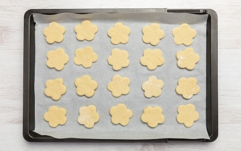 Preparazione Biscotti al latte - Fase 3