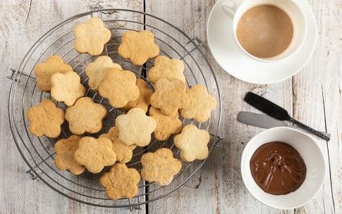 Preparazione Biscotti al latte - Fase 4