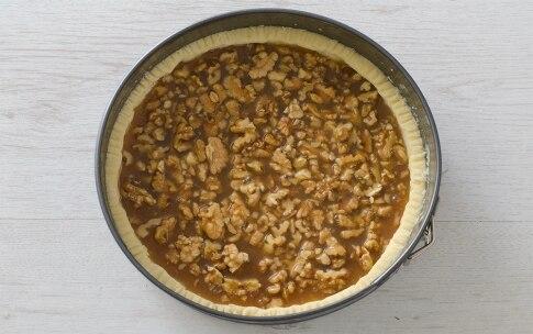 Preparazione Torta brisée di noci all'americana - Fase 3