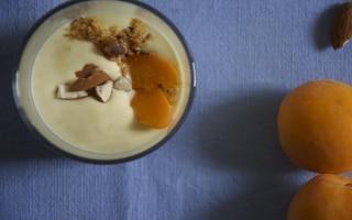 Semifreddo alla vaniglia, albicocche e...