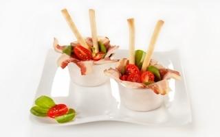 Cestini alla pancetta con verdure