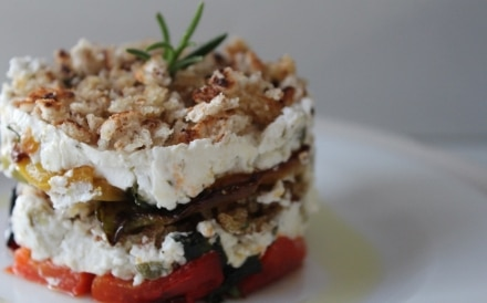 Peperoni, robiola e pane al rosmarino