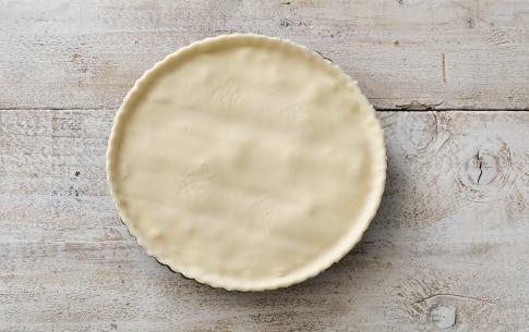 Preparazione Torta salata al formaggio - Fase 3