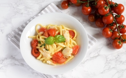 Scialatielli, merluzzo, pomodorini e basilico