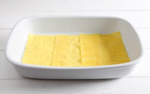 Preparazione Lasagne ai carciofi, taleggio e pancetta arrotolata - Fase 2