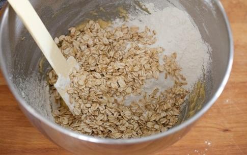 Preparazione Biscotti ai fiocchi d'avena con cioccolato e ananas - Fase 3