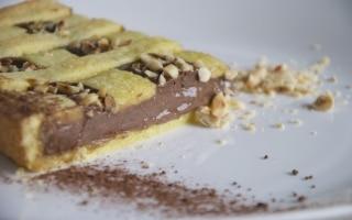 Frolla rapida, crema al cacao e nocciole