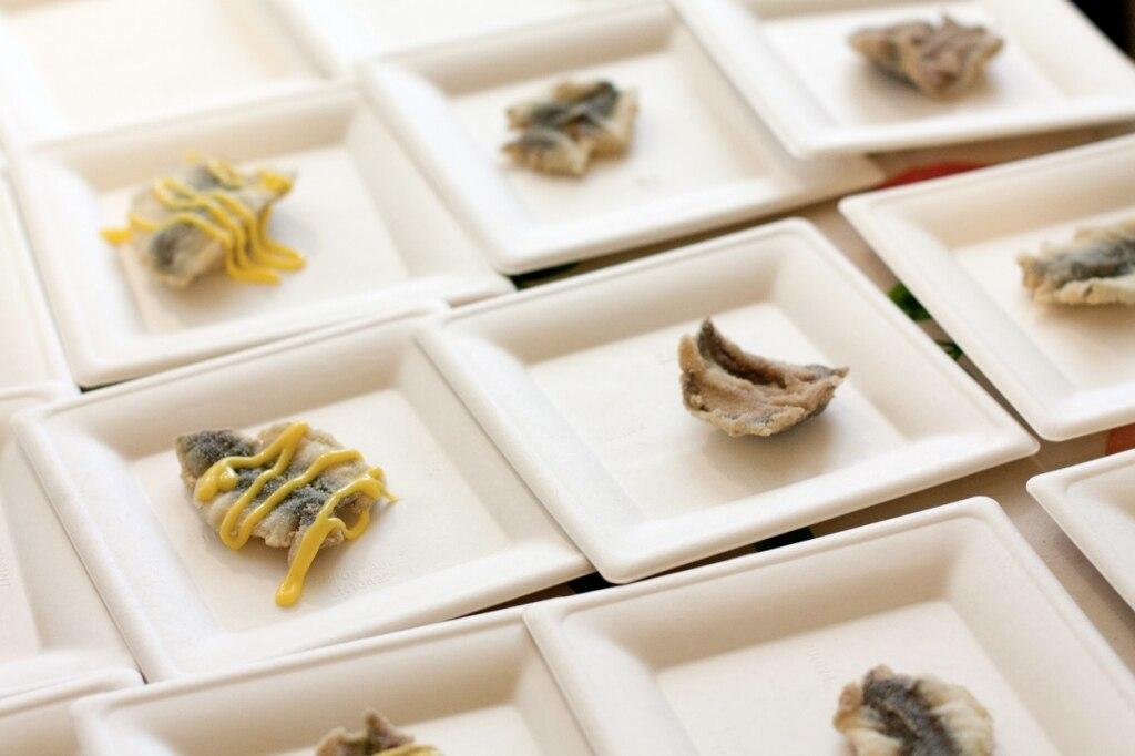 Sarde fritte in crosta di semolino e maionese al wasabi