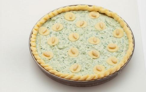 Preparazione Torta di bietoline e ricotta con pomodorini - Fase 3
