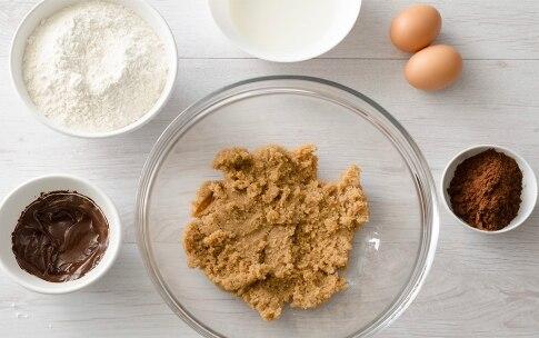 Preparazione Biscotti craquelé al cioccolato e nocciole - Fase 2