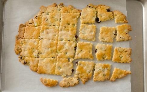 Preparazione Biscotti sablé alle mandorle con uvetta e canditi - Fase 5