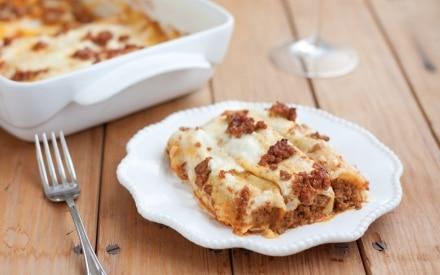 Cannelloni di crespelle al ragù alla bolognese