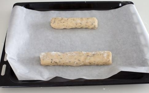 Preparazione Cantucci con cioccolato e pistacchi - Fase 5