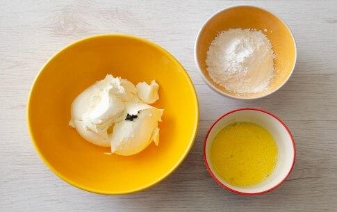 Preparazione Crostata al cacao con pere e crema di formaggio - Fase 2