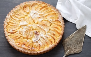Crostata di mele con crema