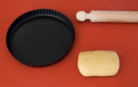 Preparazione Crostata di mele con crema - Fase 1