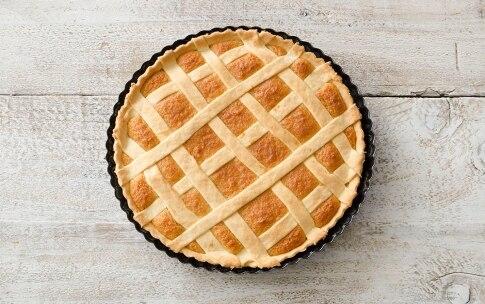 Preparazione Crostata al miele e pane - Fase 4