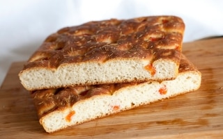 Focaccia al pomodoro