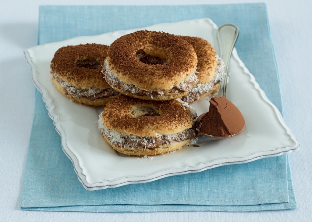 Mini Paris Brest con mousse al gianduia
