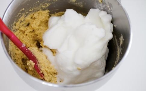 Preparazione Torta al limone e mandorle - Fase 4