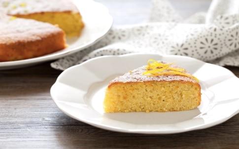 Preparazione Torta al limone e mandorle - Fase 6