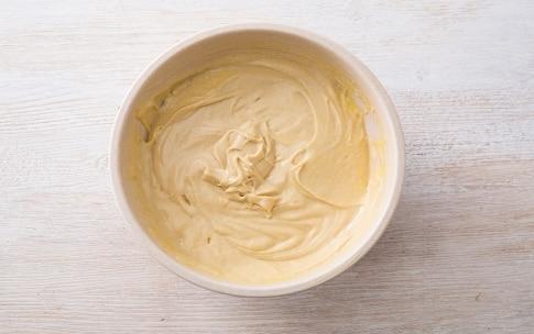 Preparazione Torta di castagne glassata - Fase 2