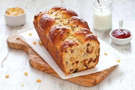 Pan brioche con frutta secca